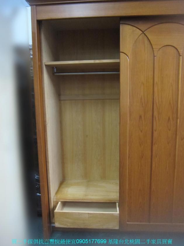 二手柚木色245公分三門推門大衣櫃 中古衣櫥 櫥櫃 收納櫃 置物櫃 邊櫃 儲物櫃 5