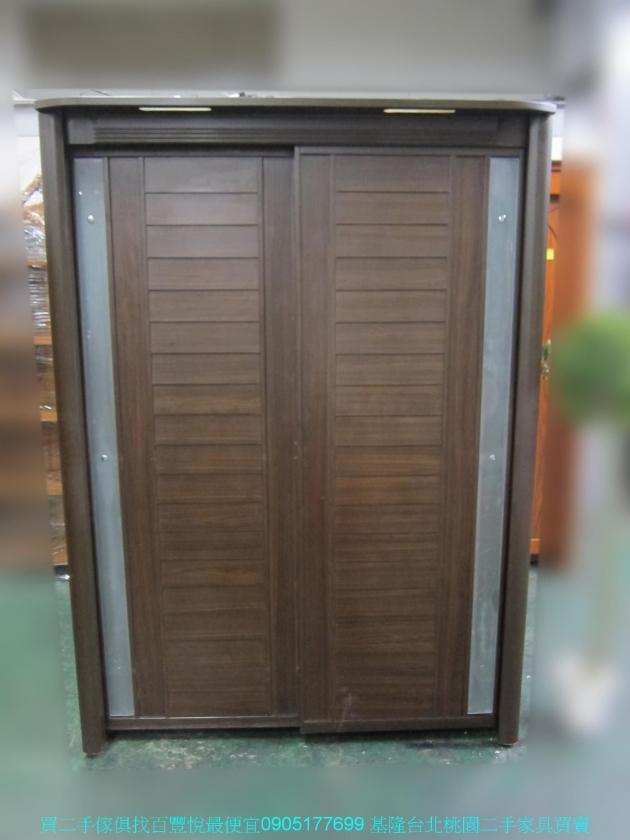 二手胡桃色153公分推門衣櫃 全身鏡 中古櫥櫃 儲櫃 收納櫃 置物櫃 儲物櫃 1