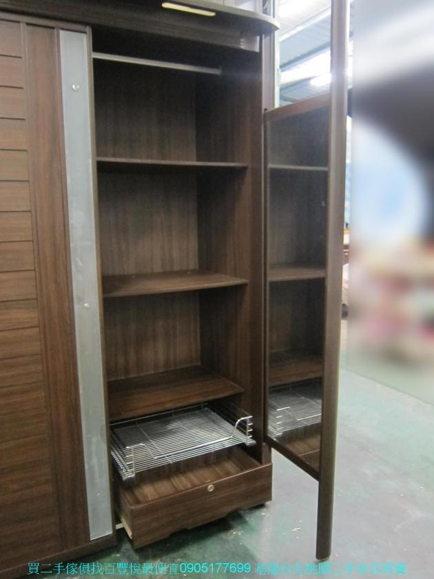 二手胡桃色153公分推門衣櫃 全身鏡 中古櫥櫃 儲櫃 收納櫃 置物櫃 儲物櫃 3