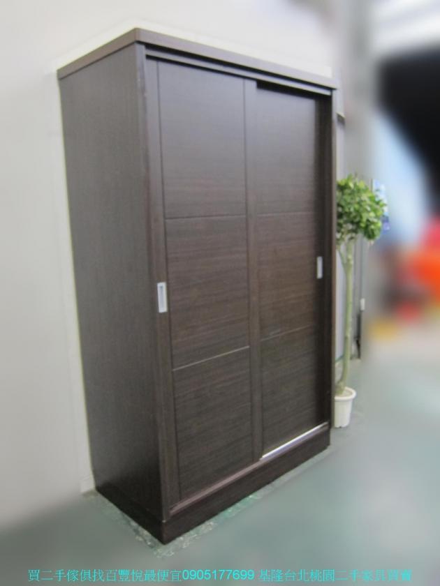 二手胡桃色124公分推門衣櫃 中古套房衣櫃 衣櫥 收納櫃 置物櫃 儲物櫃 櫥櫃 2