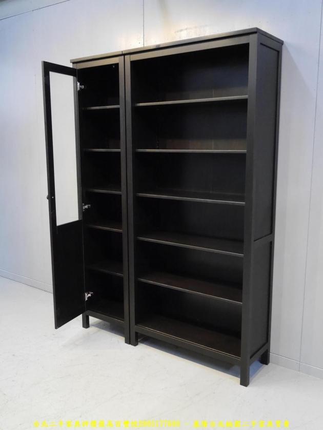 二手黑灰色137公分多置物書櫃 儲物櫃 書櫥櫥櫃 玩具公仔櫃 精品櫃 4