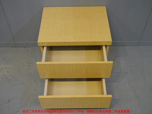 二手白橡色50公分兩抽床邊櫃 置物收納櫃 儲物櫃 抽屜櫃 矮櫃房間櫃邊櫃 3