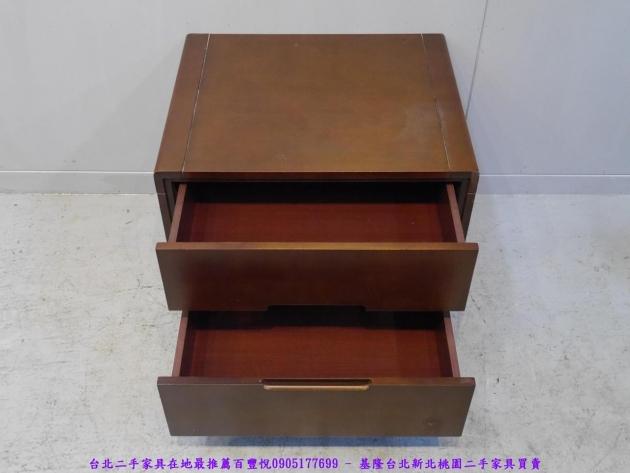 二手胡桃色56公分雙抽床邊櫃 置物收納櫃 抽屜櫃 儲物櫃 房間櫃 床頭櫃 邊櫃 3